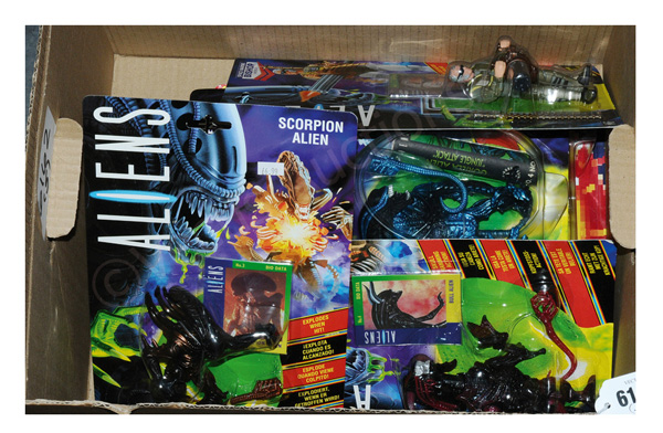 GRP inc Kenner Aliens action figures: (1) Aliens