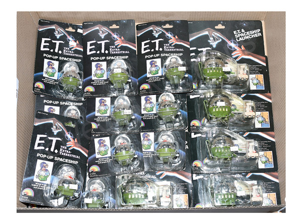 GRP inc Ljn ET collectable figures