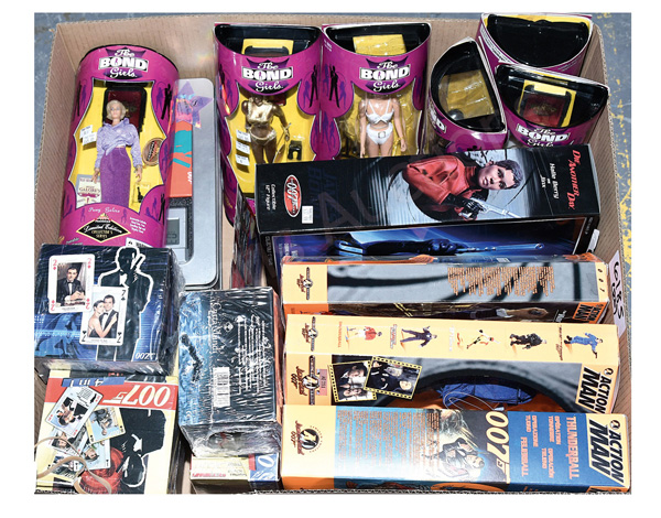 GRP inc James Bond toys and collectables