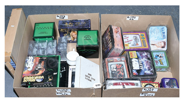 QTY inc Toys and other collectables: DC Comics