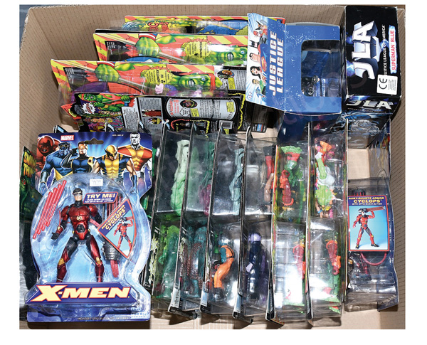 GRP inc Action figures: (1) Hasbro JLA Superman