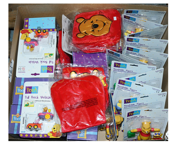 GRP inc Winnie-the-Pooh collectables: (1) - (13)
