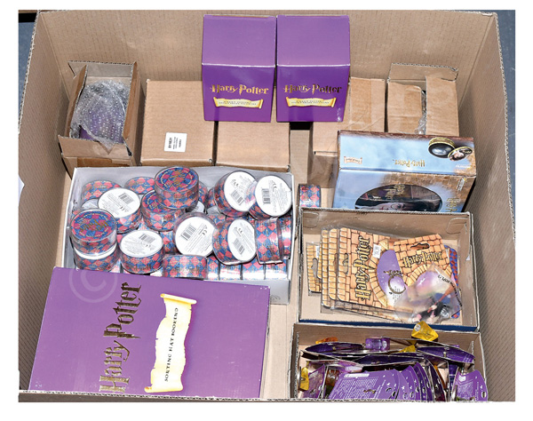 GRP inc Harry Potter collectables: (1) Enesco