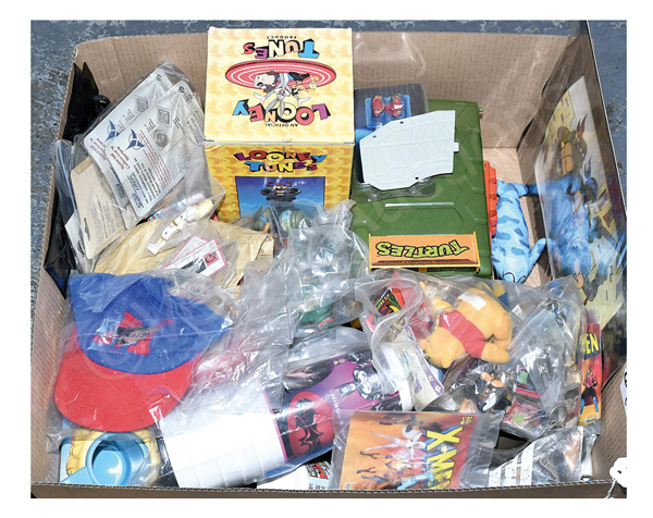 QTY inc TV & film related toys and collectables