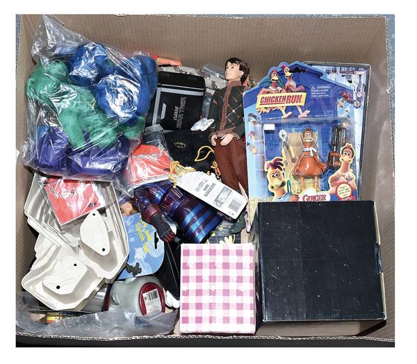 QTY inc TV & film related toys: (1) Wesco