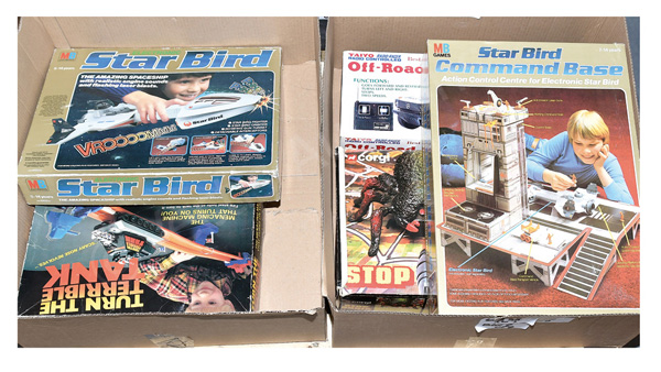 GRP inc Assorted toys and games: (1) Palitoy