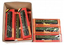 GRP inc Hornby OO Gauge boxed SR Green Coach