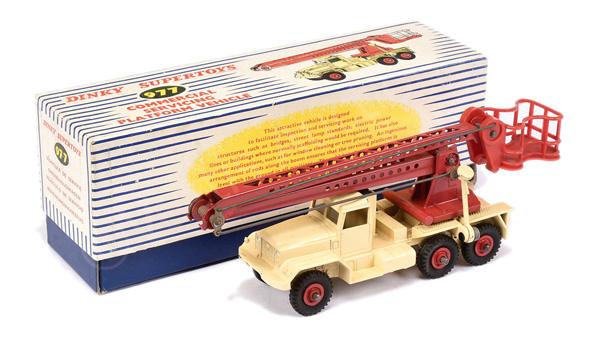 Dinky No.977 Commercial Servicing Platform