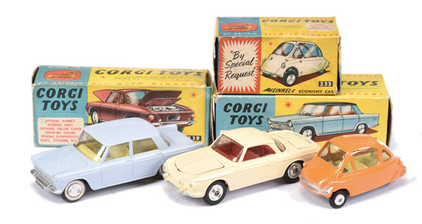 GRP inc Corgi No.217 Fiat 1800 - pale blue