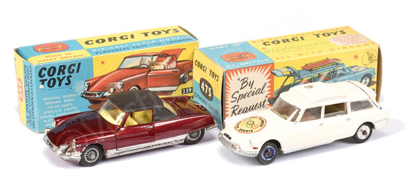 PAIR inc Corgi No.259 Le Dandy Coupe - dark red
