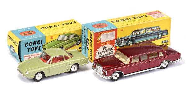 PAIR inc Corgi No.222 Renault Floride - green