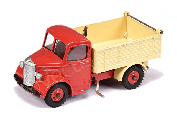 Dinky No.25m/410 Bedford End Tipper - red cab