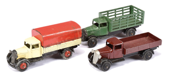 GRP inc Dinky 25 Series Covered Wagon - cream
