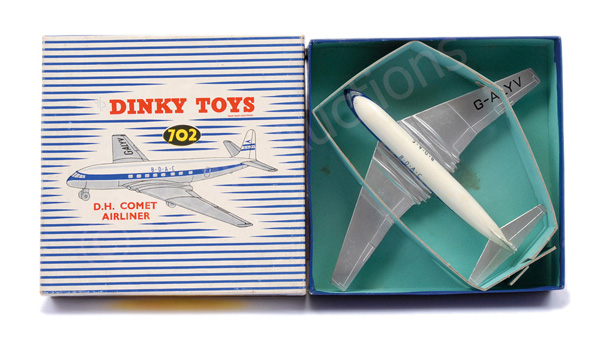 Dinky No.702 DH Comet Airliner