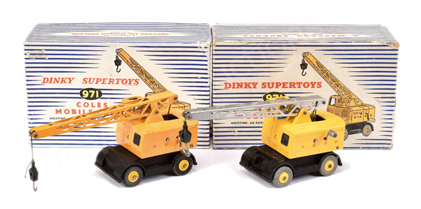 PAIR inc Dinky No.971 Coles Mobile Crane