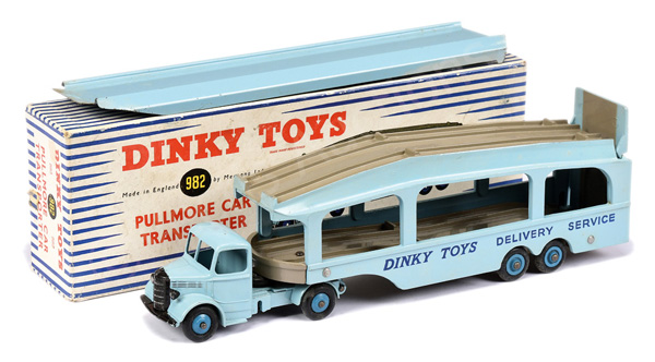 Dinky No.982 Bedford Pullmore Car Transporter