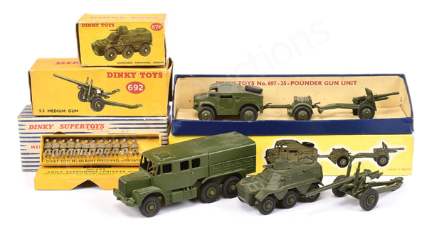 GRP inc Dinky Military No.697 Field Gun Set Quad