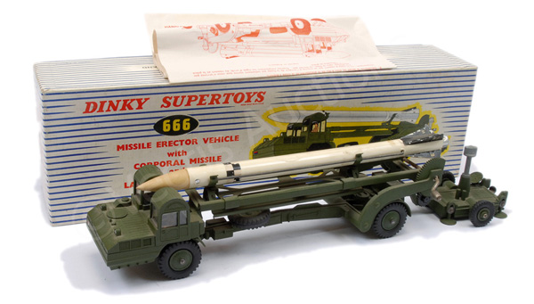 Dinky Military No.666 Missile Erector vehicle