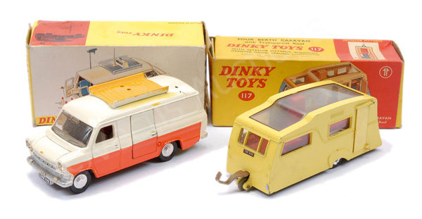PAIR inc Dinky No.117 Four Berth Caravan