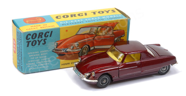 Corgi No.259 Le Dandy Coupe - maroon body