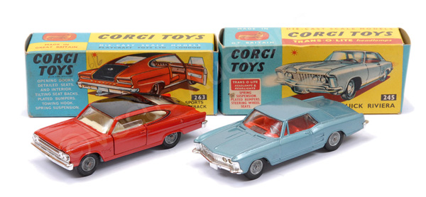 PAIR inc Corgi No.245 Buick Riviera - blue body
