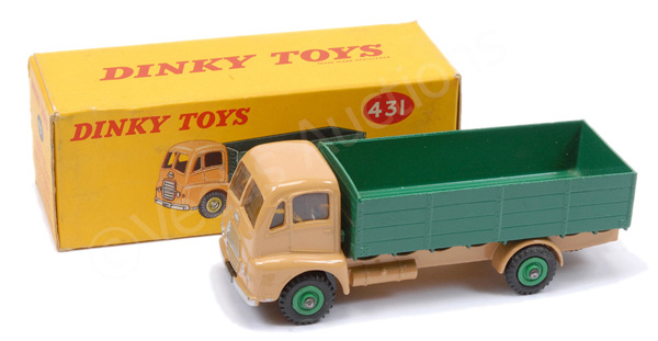 Dinky No.431 Guy Warrior 4-ton Lorry - light tan