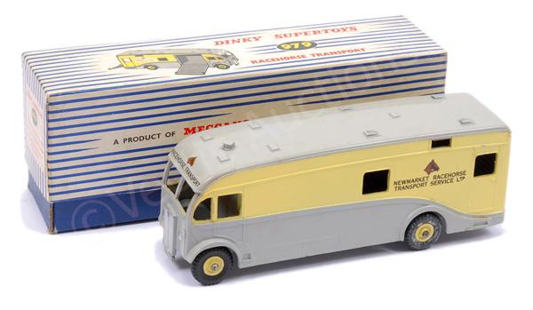 Dinky No.979 Horse Transporter