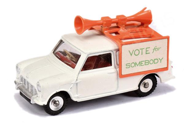 Dinky No.492 Mini Van