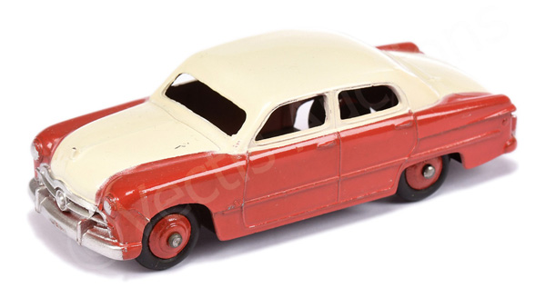 Dinky No.170 Ford Sedan - two-tone high-line