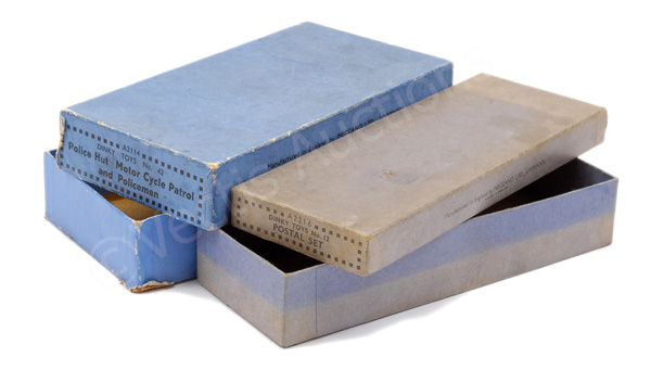 PAIR inc Dinky pre-war empty boxes (1) No.42