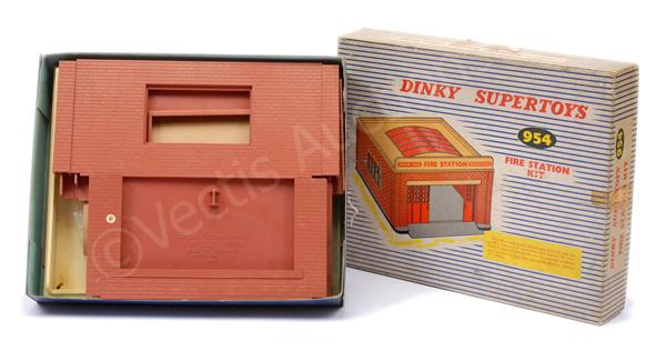 Dinky No.954