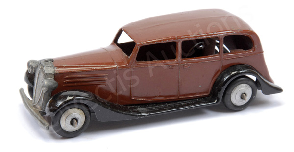 Dinky No.30d Vauxhall - brown body, black