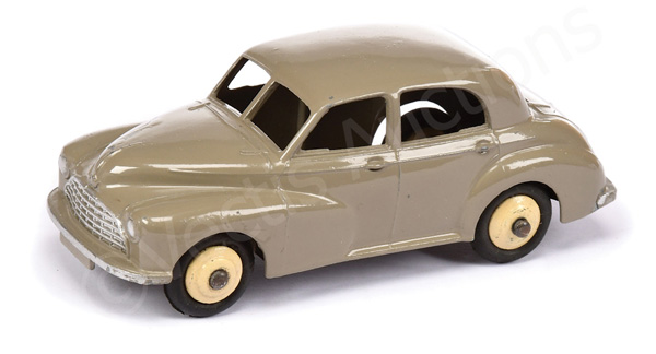 Dinky Morris Oxford Saloon - fawn body, cream