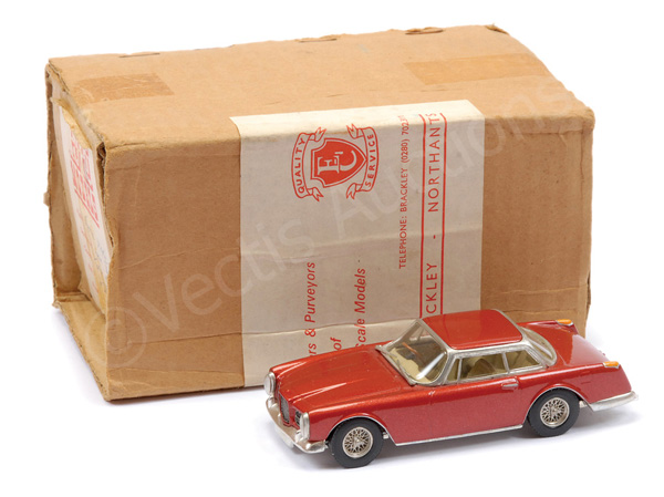 Enco Models No.228 Facel Vega - metallic red