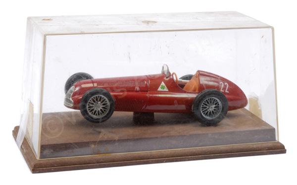 Mebetoys (Togi) Alfa Romeo Racer - dark red