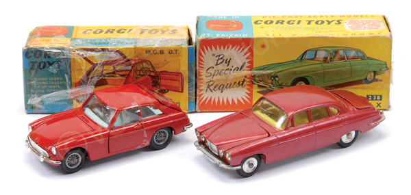 PAIR inc Corgi No.238 Jaguar Mk.X - metallic