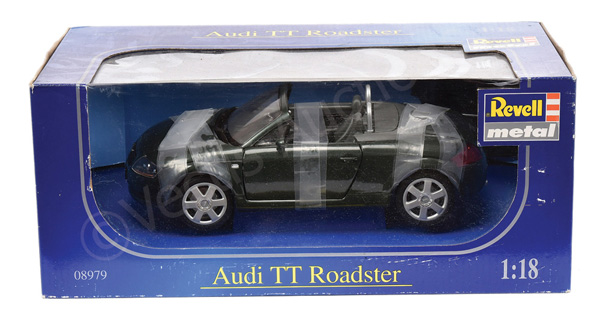 Revell (1/18th scale) Audi TT Roadster - Mint