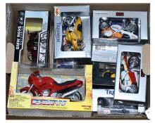 GRP inc (1/18th scale) Motorcycles Maisto