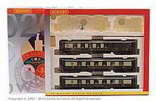 Hornby (China) OO Gauge Queen of Scots Train