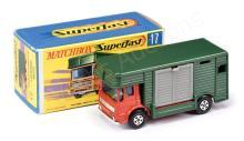 Matchbox Superfast No.17a AEC Horse Box - red