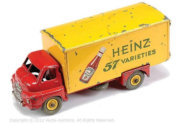 Dinky No.923 Big Bedford Van
