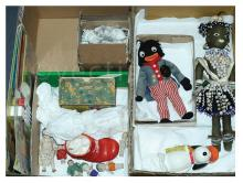 QTY inc Collection of vintage toys: (1) Paradise
