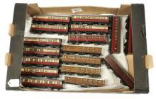 GRP inc Hornby Dublo 3-rail Gresley Coaches LNER