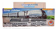 PAIR inc Hornby Railways OO Gauge Silver Jubilee