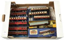 GRP inc Hornby Dublo 3-Rail Passenger Coaches BR