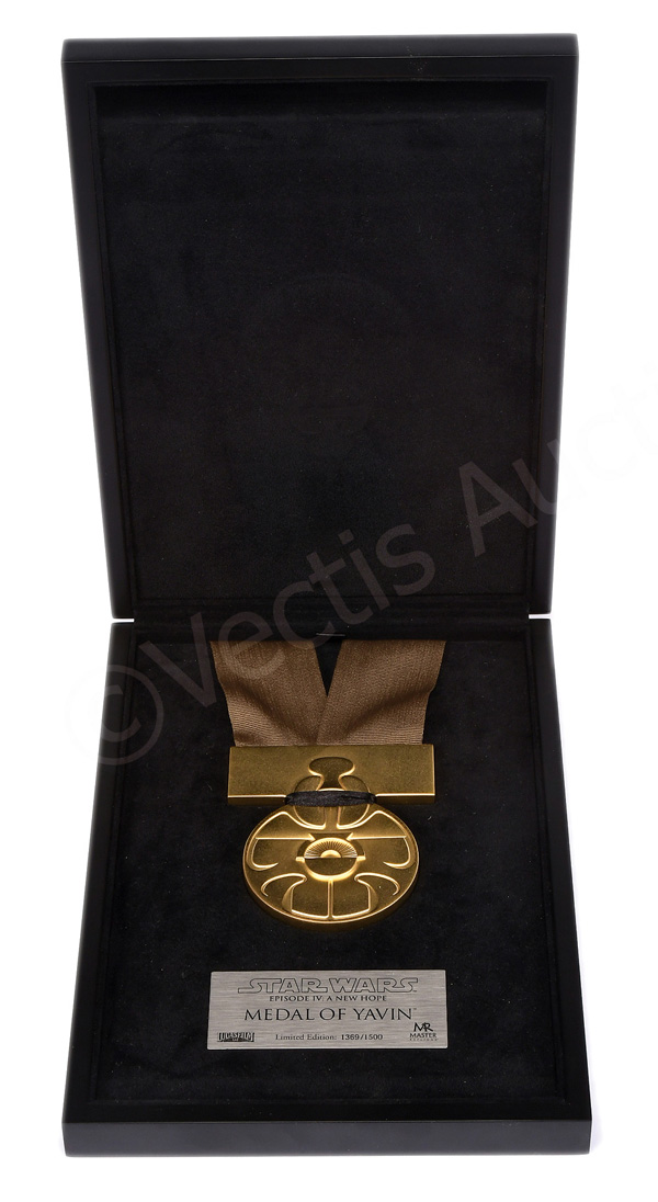 Master Replicas Star Wars A New Hope Medal
