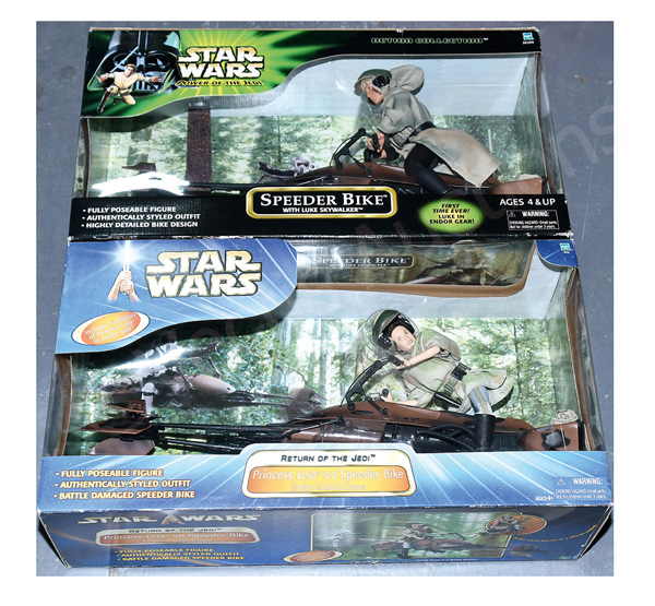 PAIR inc Hasbro Star Wars pair: (1) Saga Blue