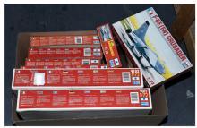 GRP inc Ertl boxed Kit No.9066 F-8E Crusader