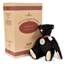 Steiff Club Edition teddy bear replica 1912