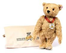 Steiff Franz Club Bear 2004, white tag 420405